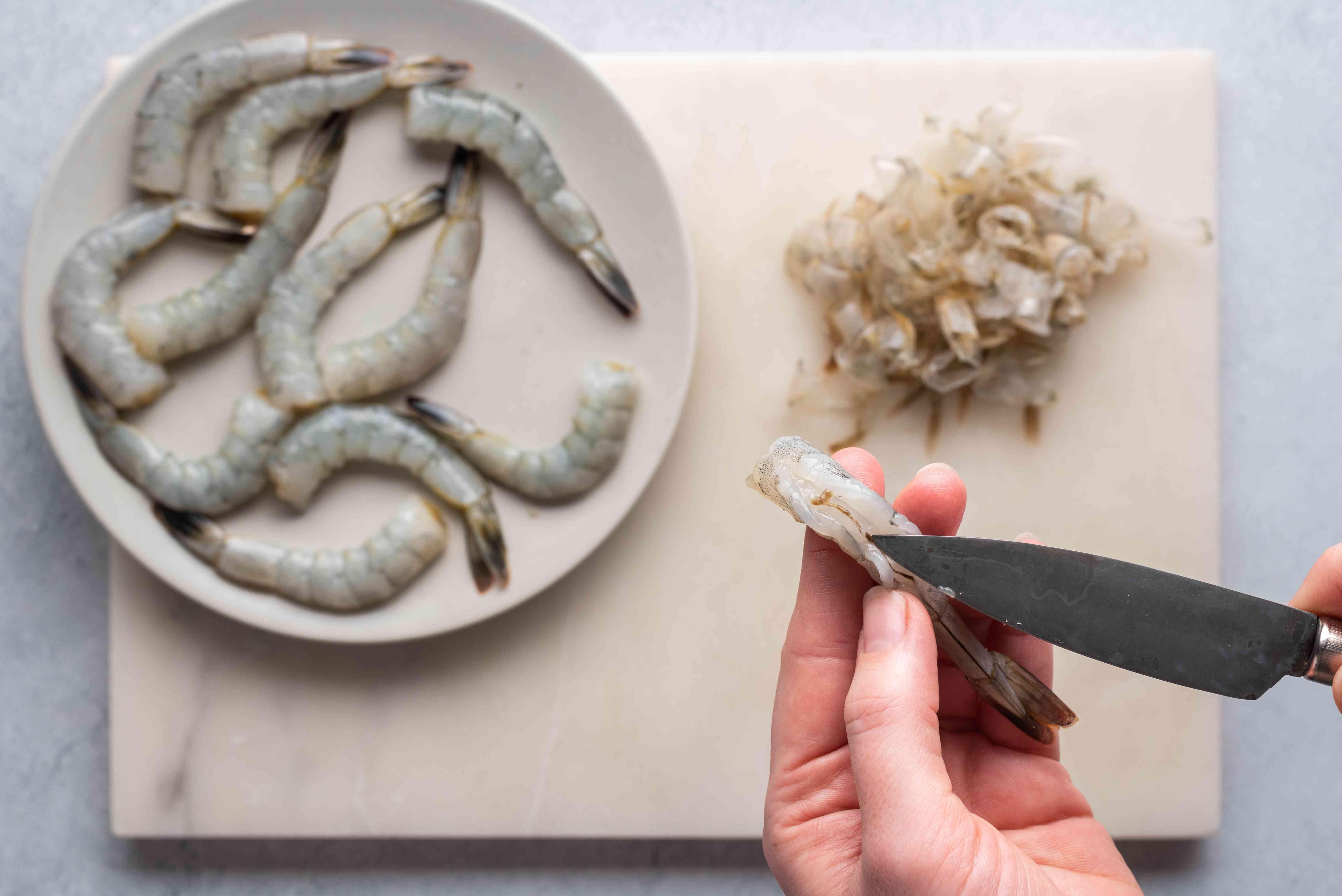 Devein the shrimp