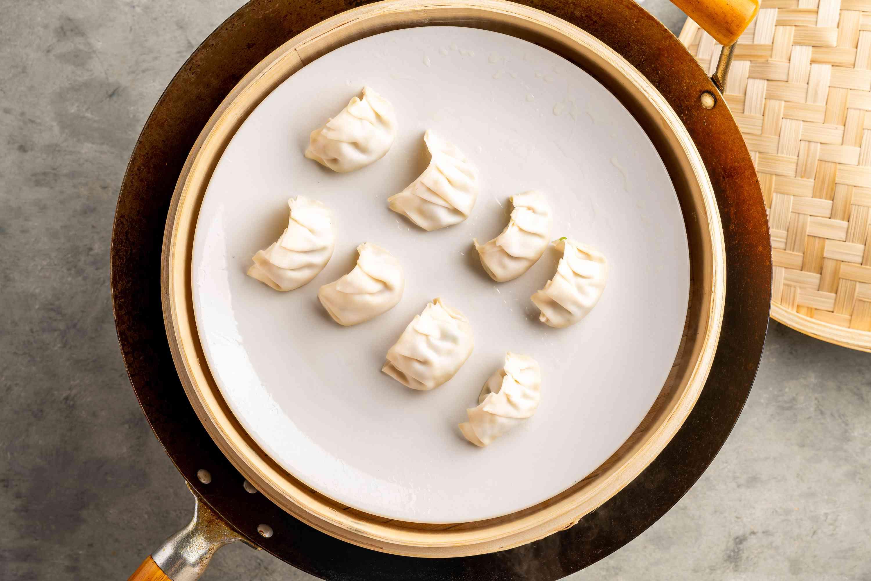 Put dumplings in basket