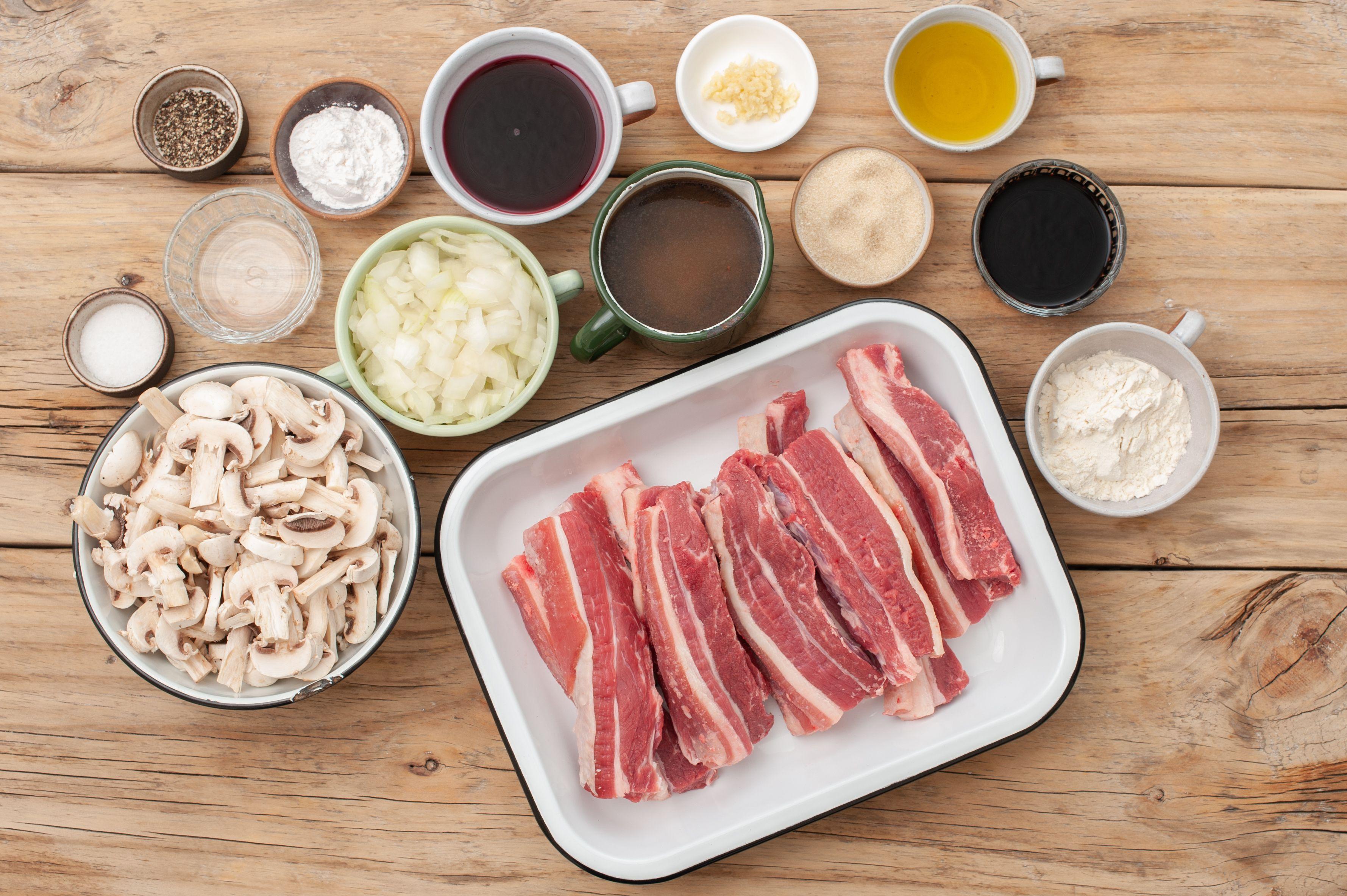 Ingredients for slow cooker boneless beef short ribs