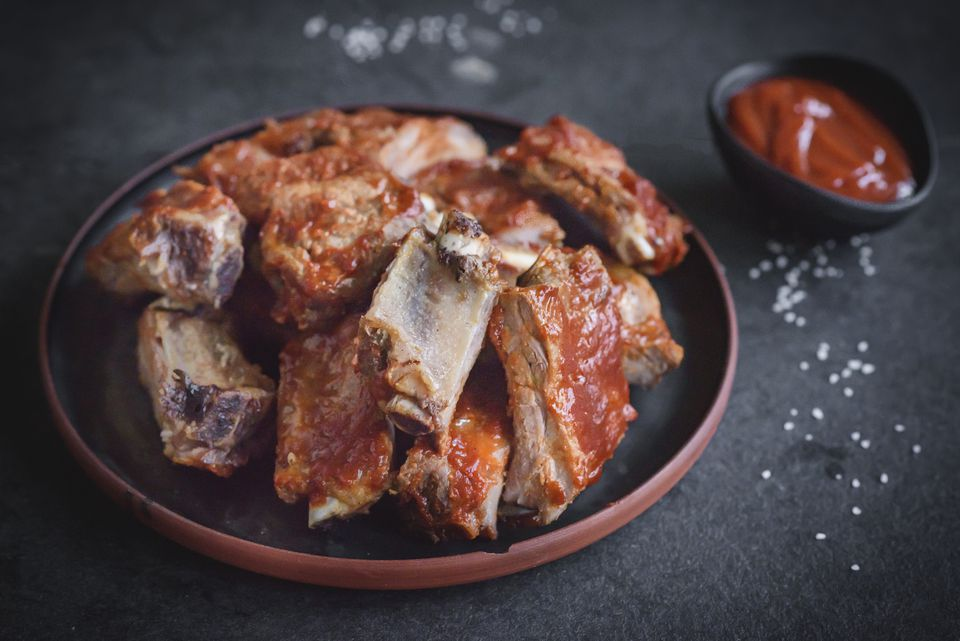 Easy barbecue spare ribs