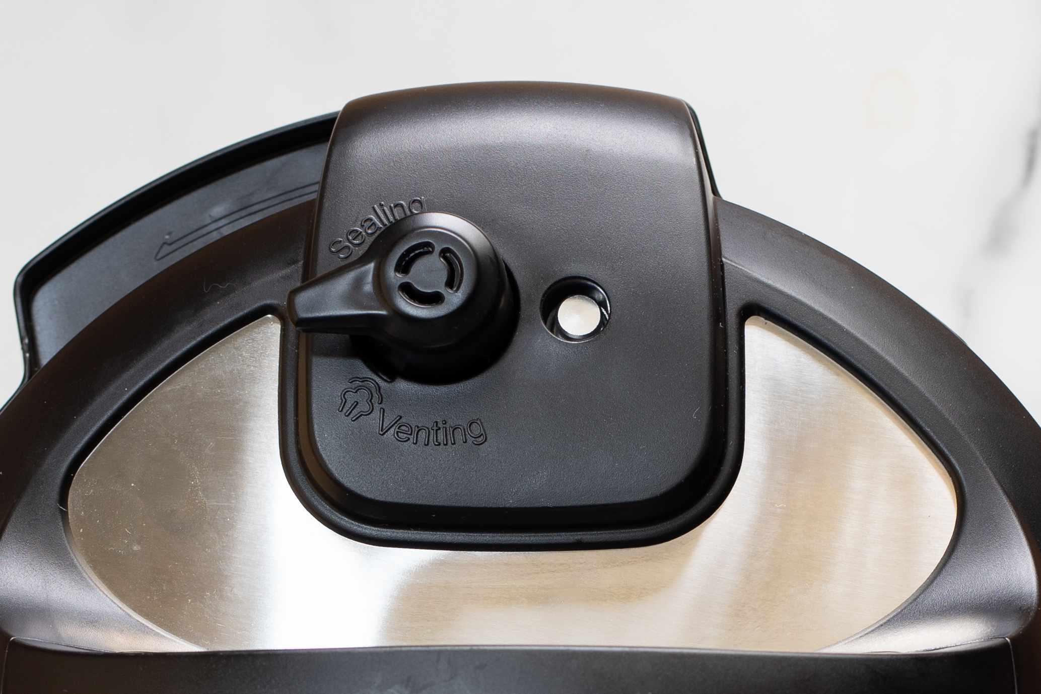 instant pot steam knob venting position