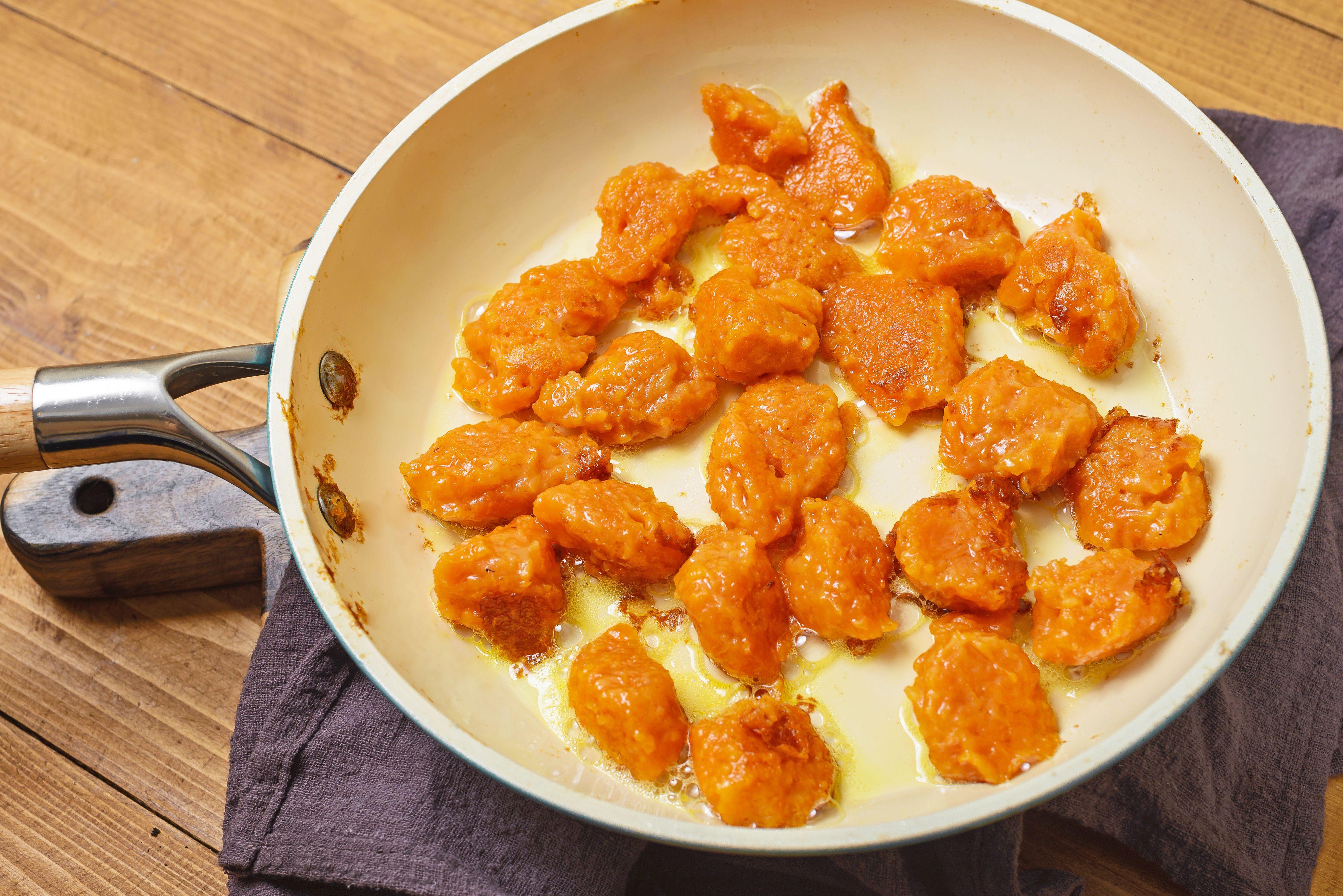 Saute dumplings
