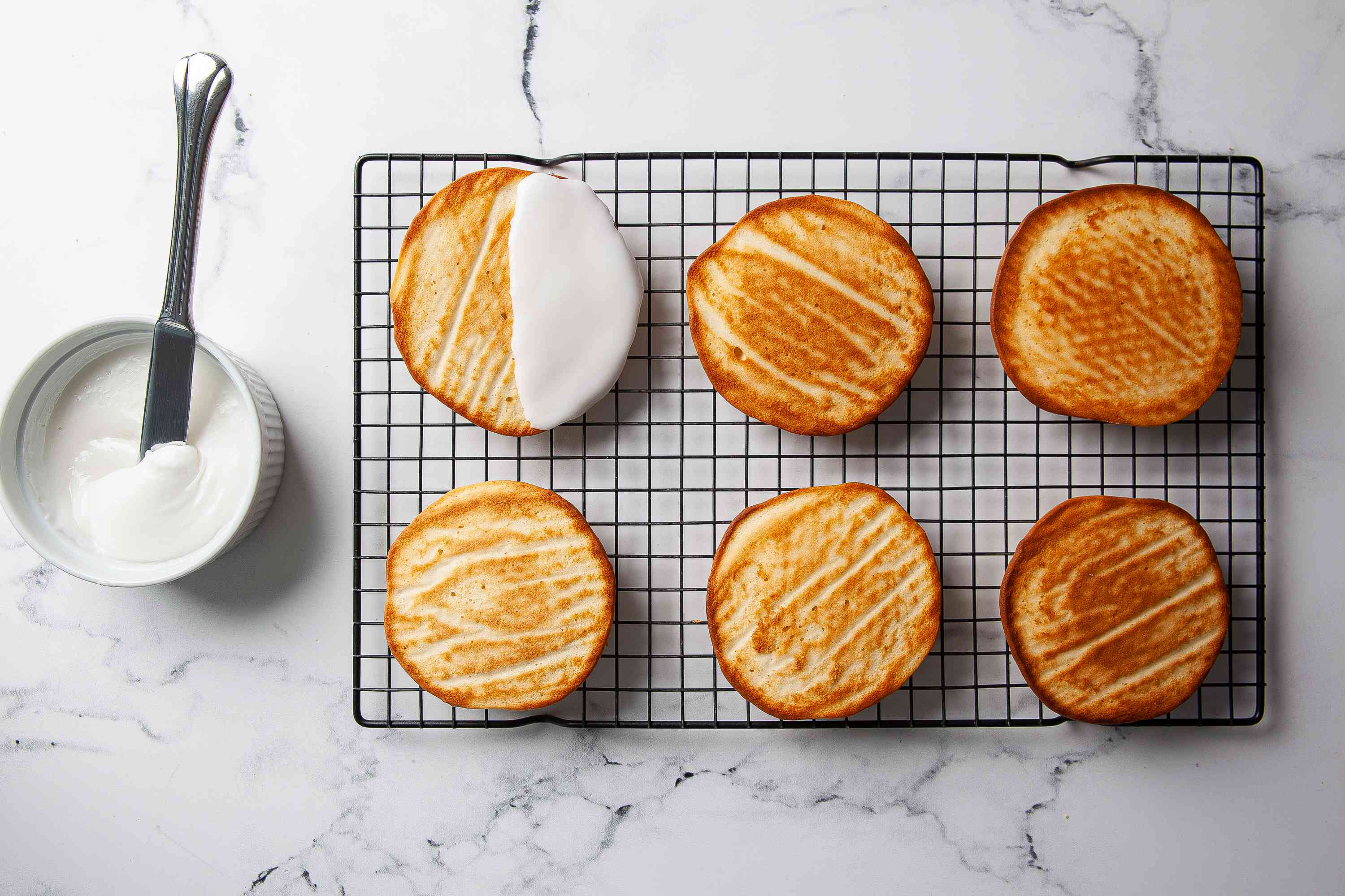 Decorate Black and White Cookies