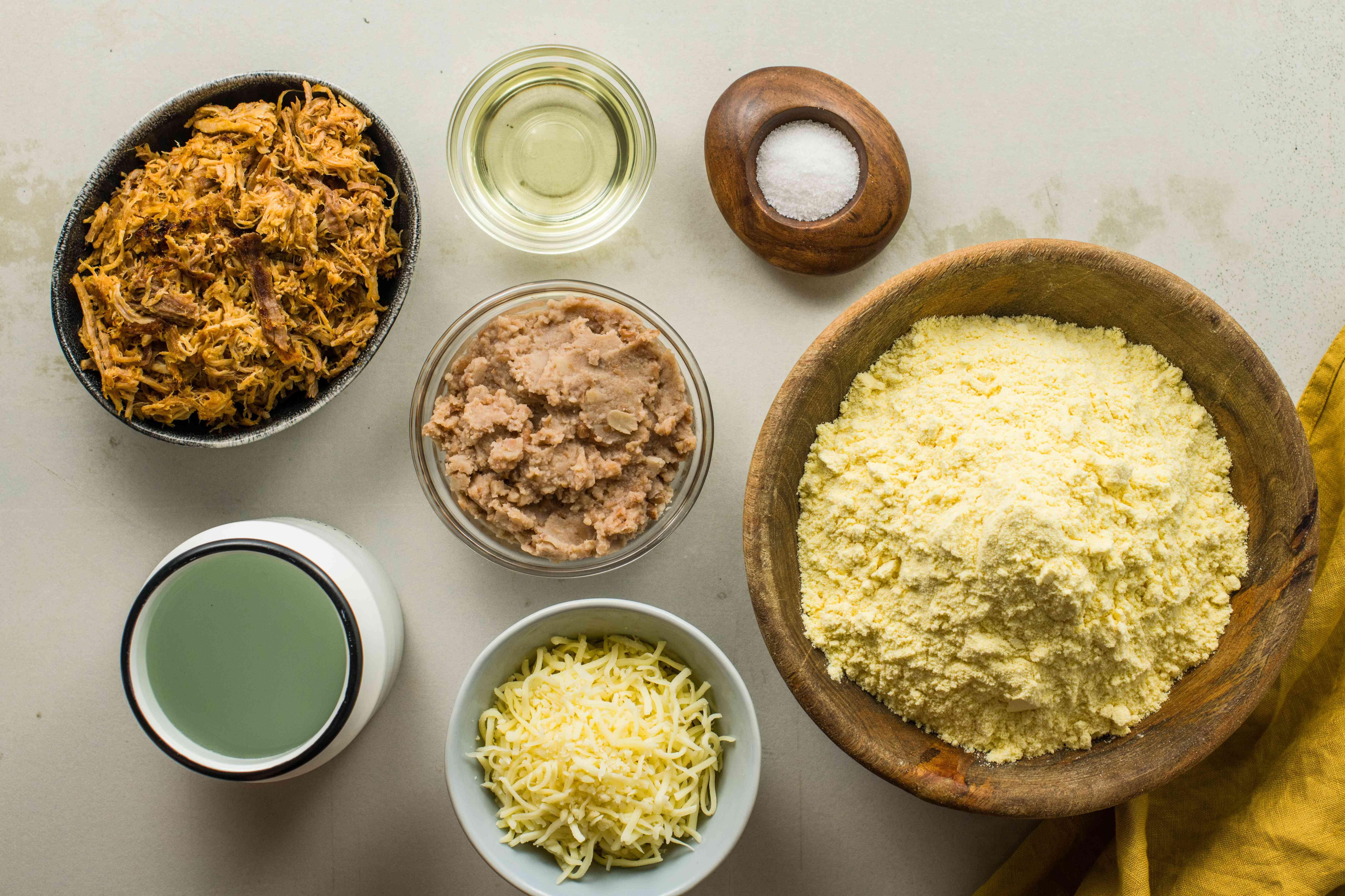 Ingredients for papusas