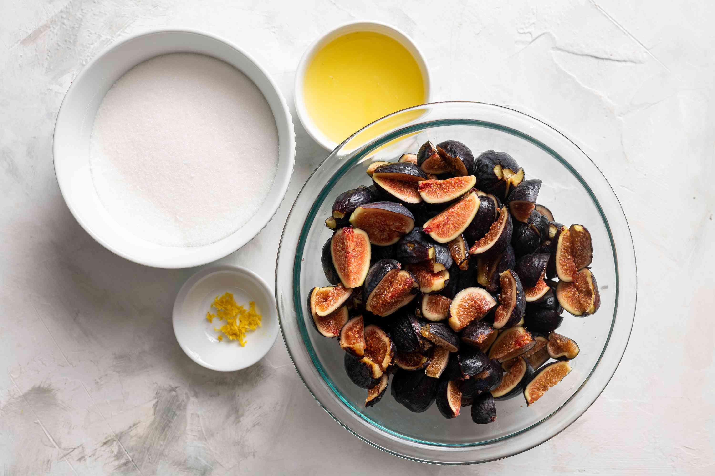 Homemade fig jam ingredients