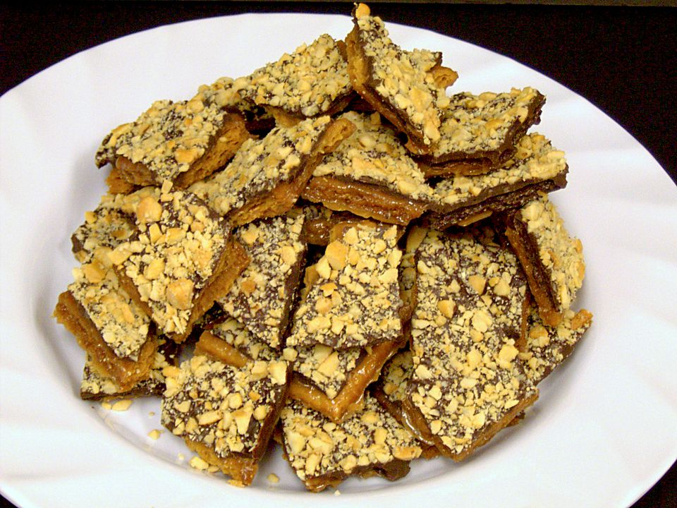 Chocolate Graham Toffee Bark Recipe