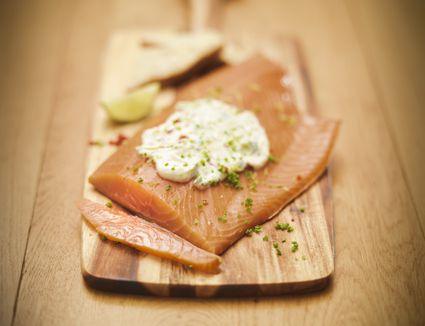 Salmon with tartar sauce