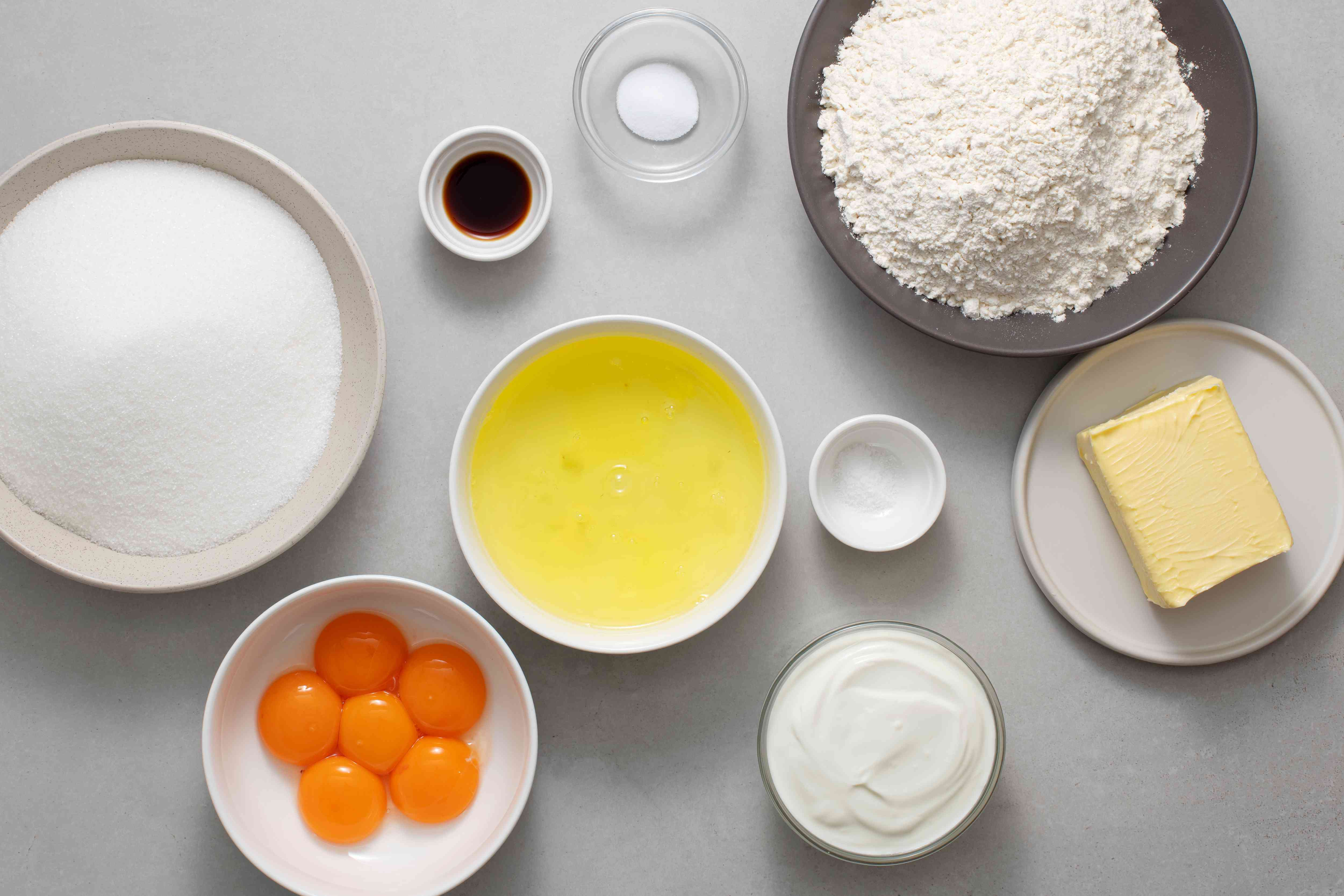 Ingredients of sour cream pound cake