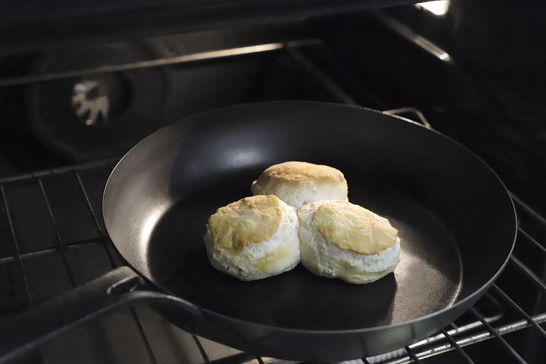 bk-cookware-black-carbon-steel-skillet-biscuits