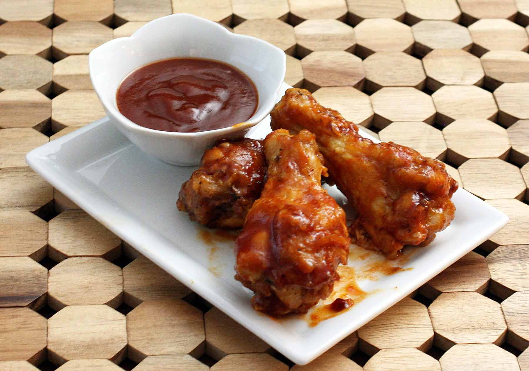 Saucy Jack Daniel's barbecue chicken drumettes