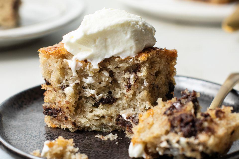 Moist banana cake with bourbon recipe