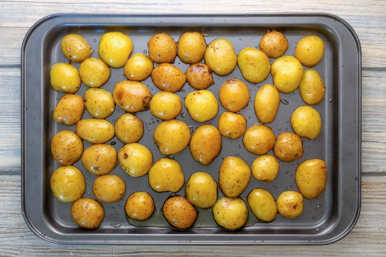 Roasting potato halves