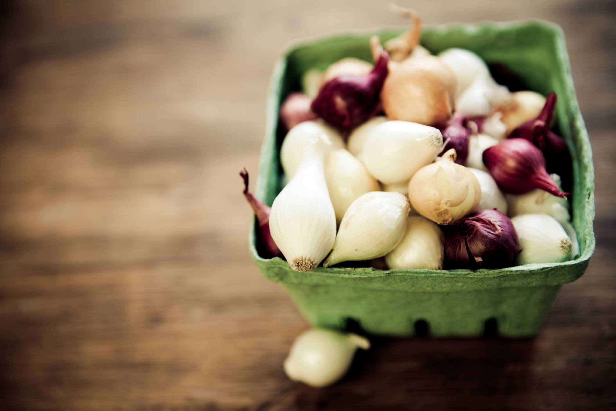 small onions, pearl onions