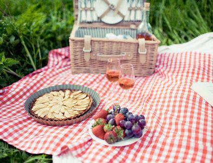 Dessert and wine picnic