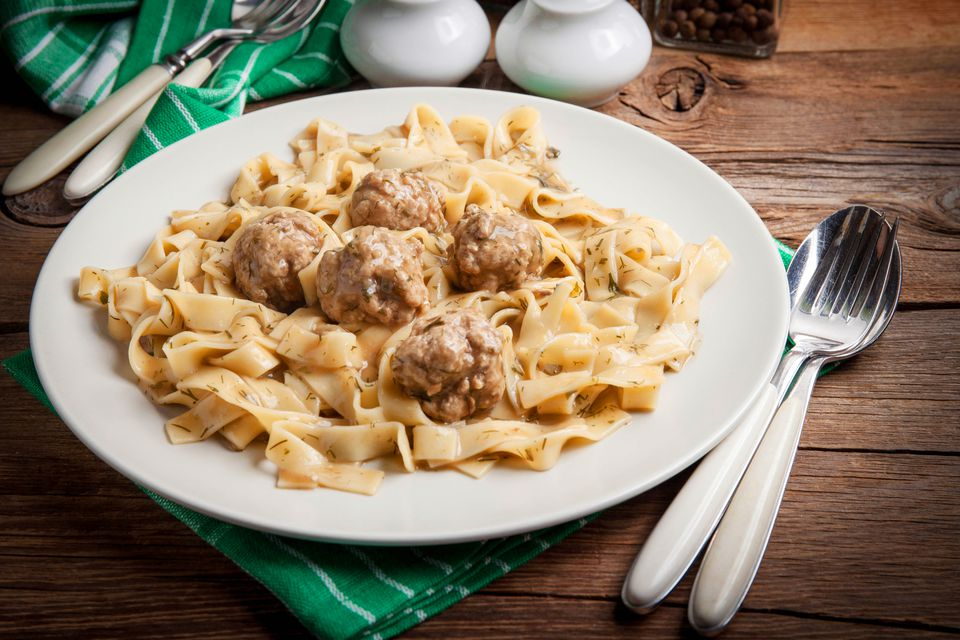 Meatballs and fettucini