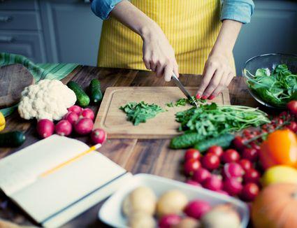 hands cooking