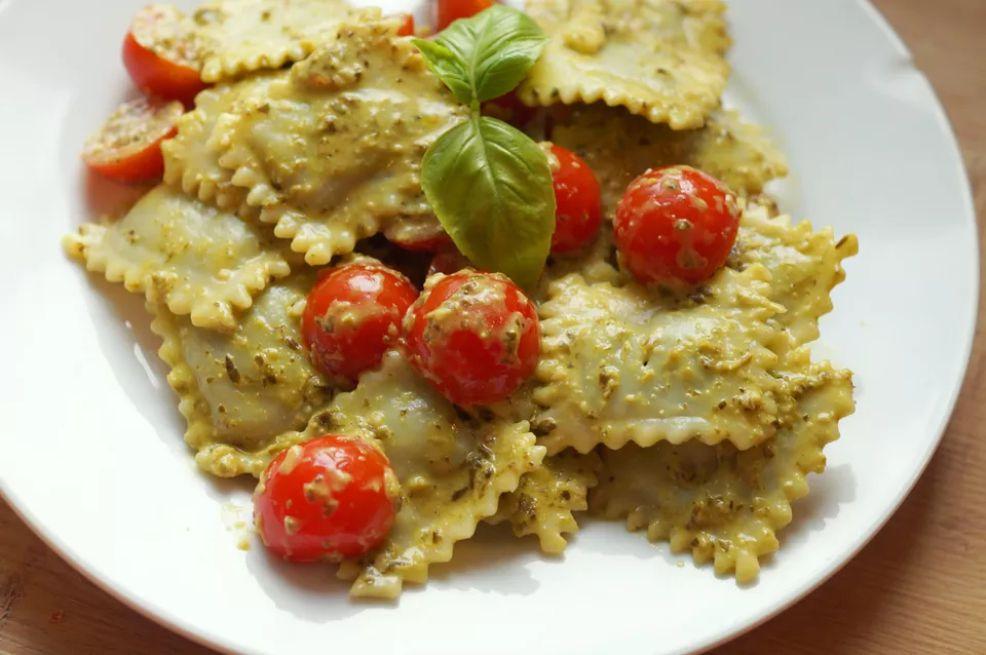 Gluten-Free Cheese Ravioli with Kale Pesto Recipe
