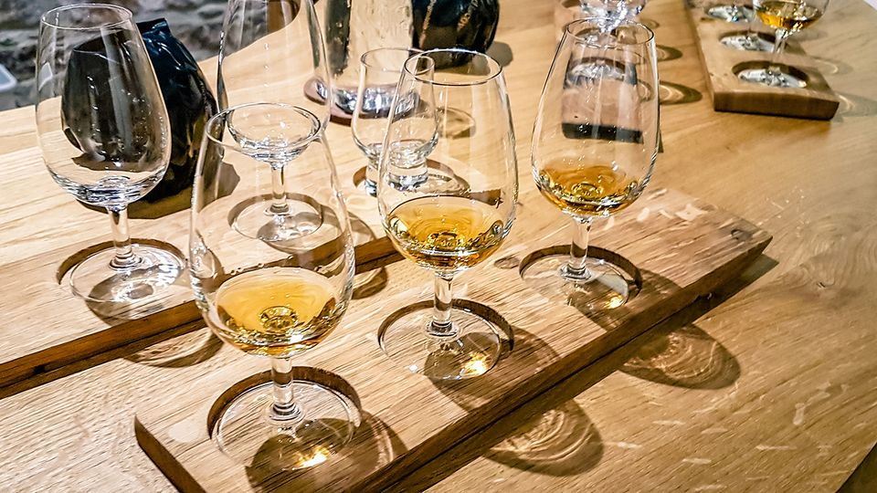 Whisky Tasting Selection Tour Scotland