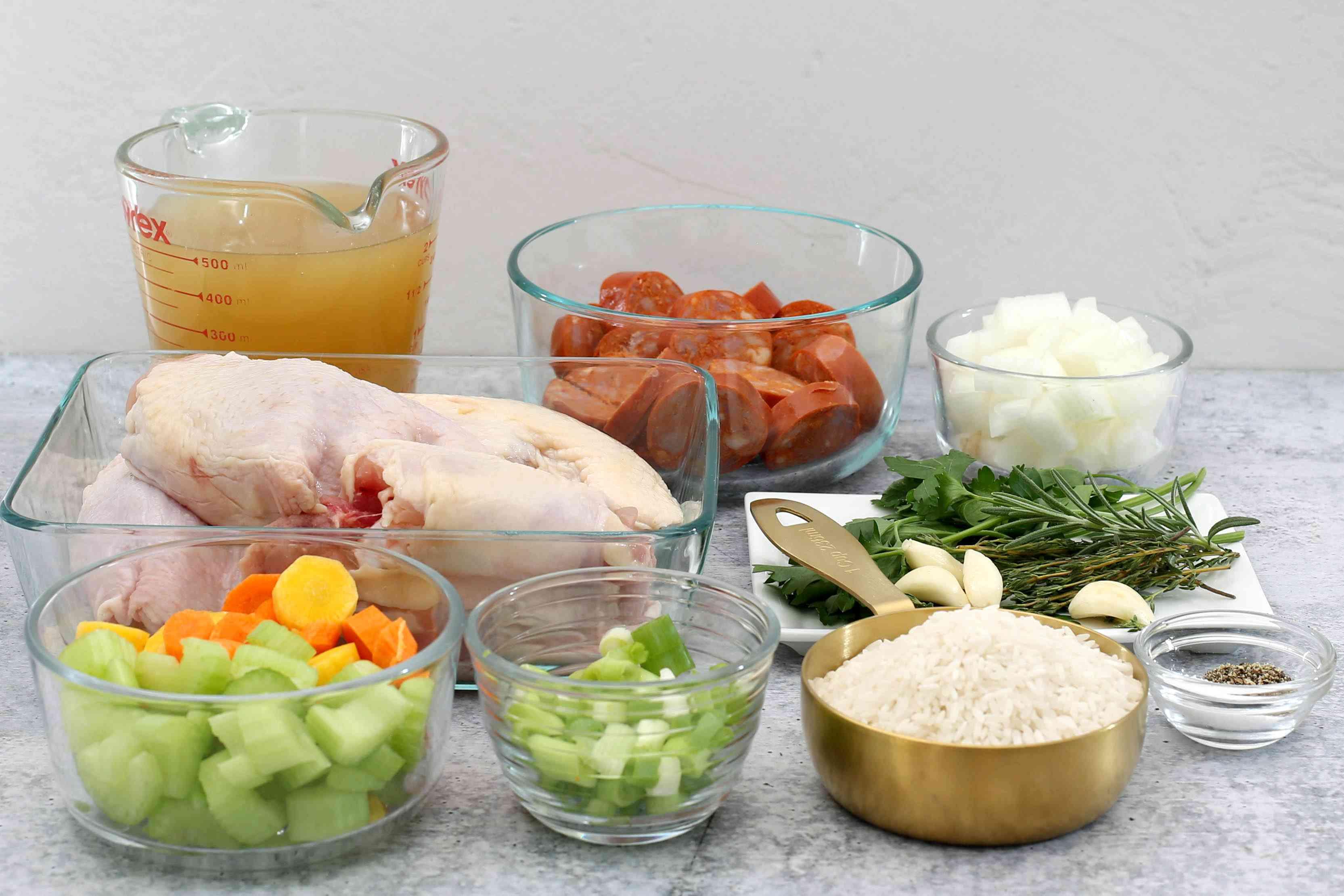 Ingredients for Carolina chicken bog.