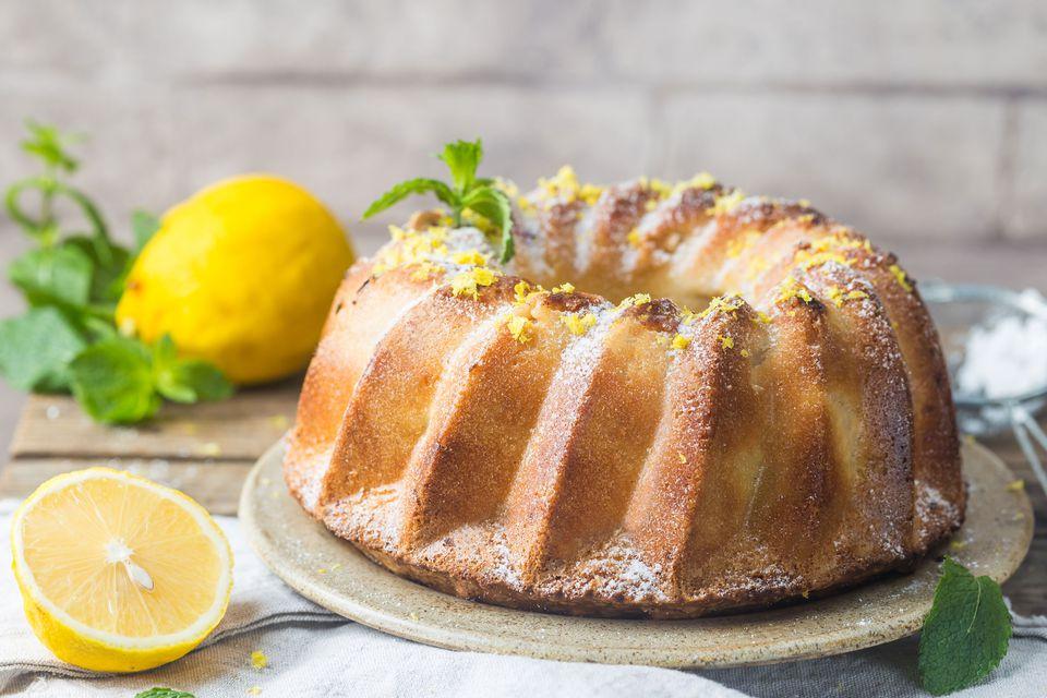 4-3-2-1 Cake with Lemon