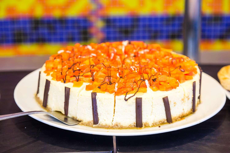 Cheesecake with papaya topping