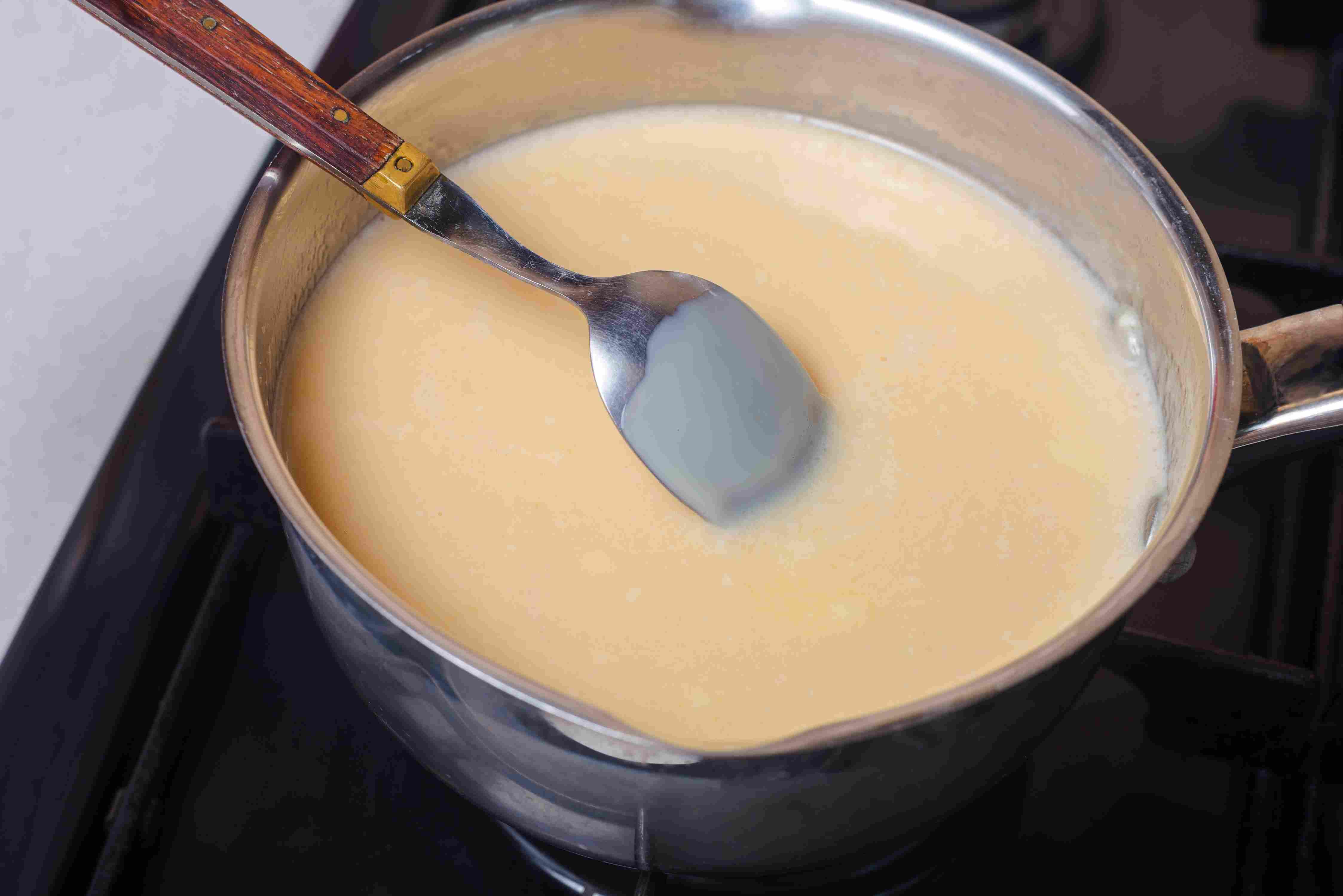 how to make ice cream - cook the custard