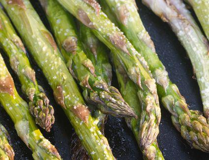 green baked asparagus