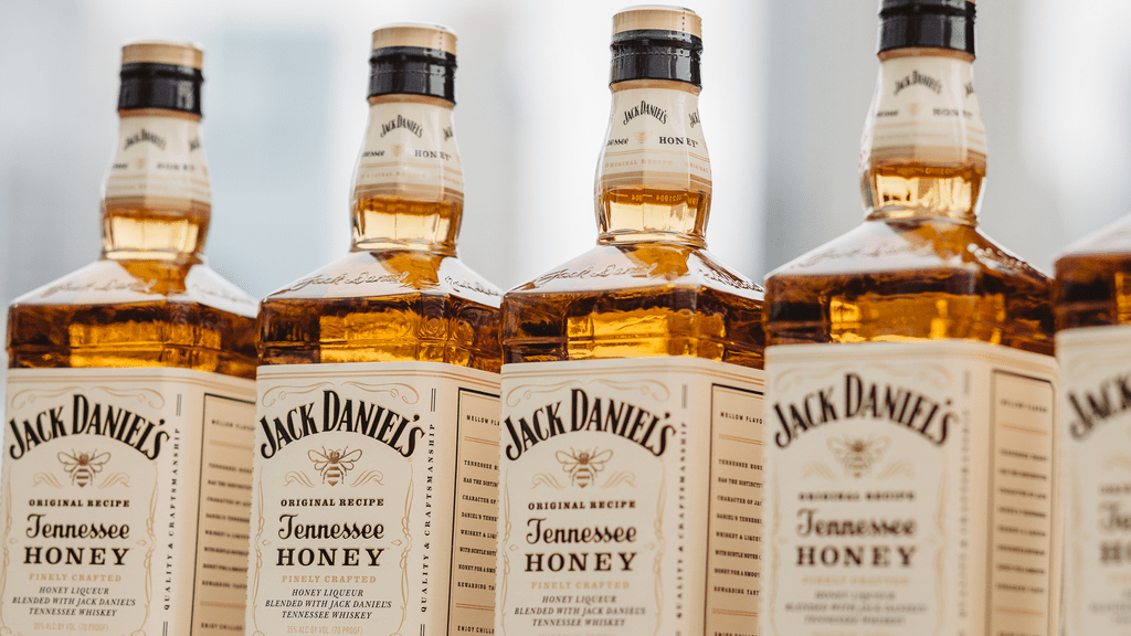 Jack Daniels Tennessee Honey Whiskey Review