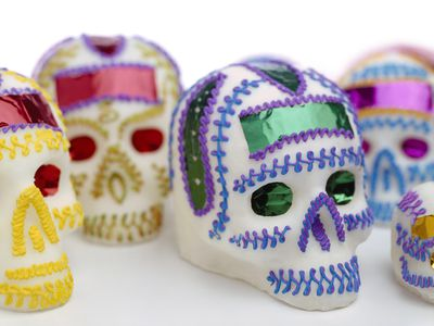 Make These Candy Skulls For Day Of The Dead