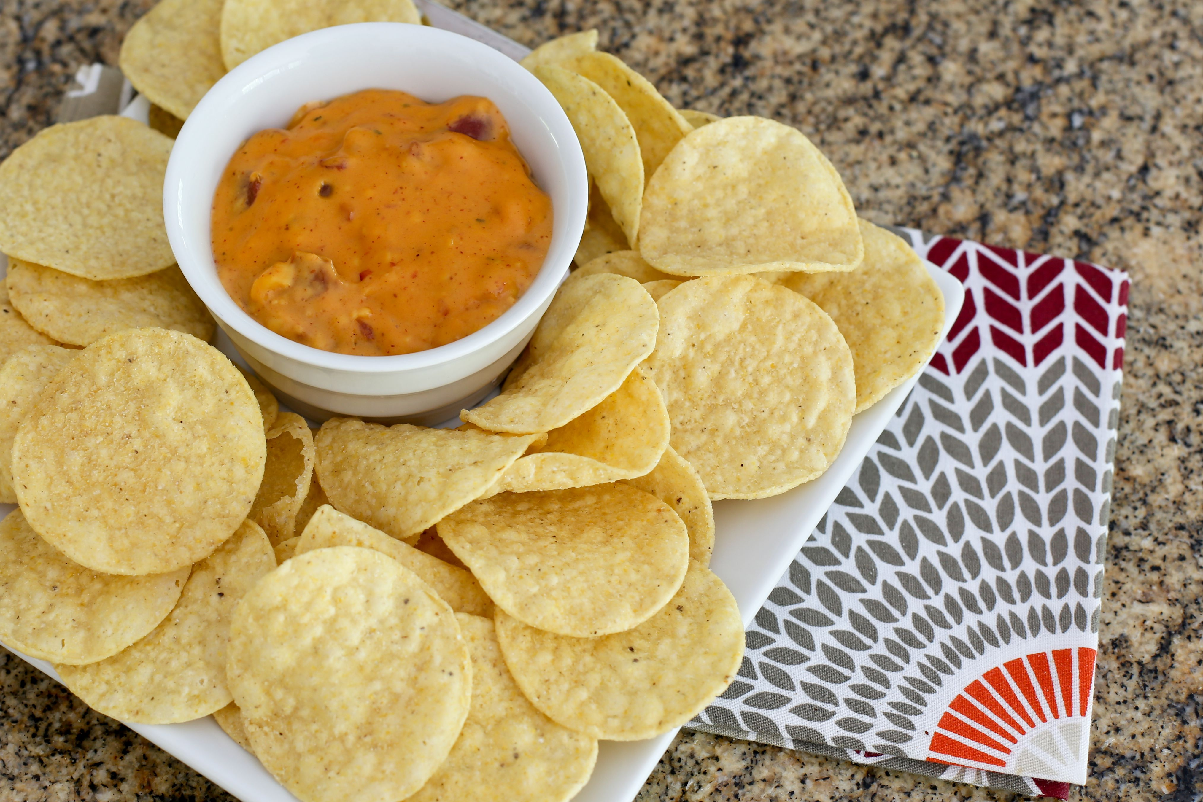 3-ingredient Mexican cheese dip