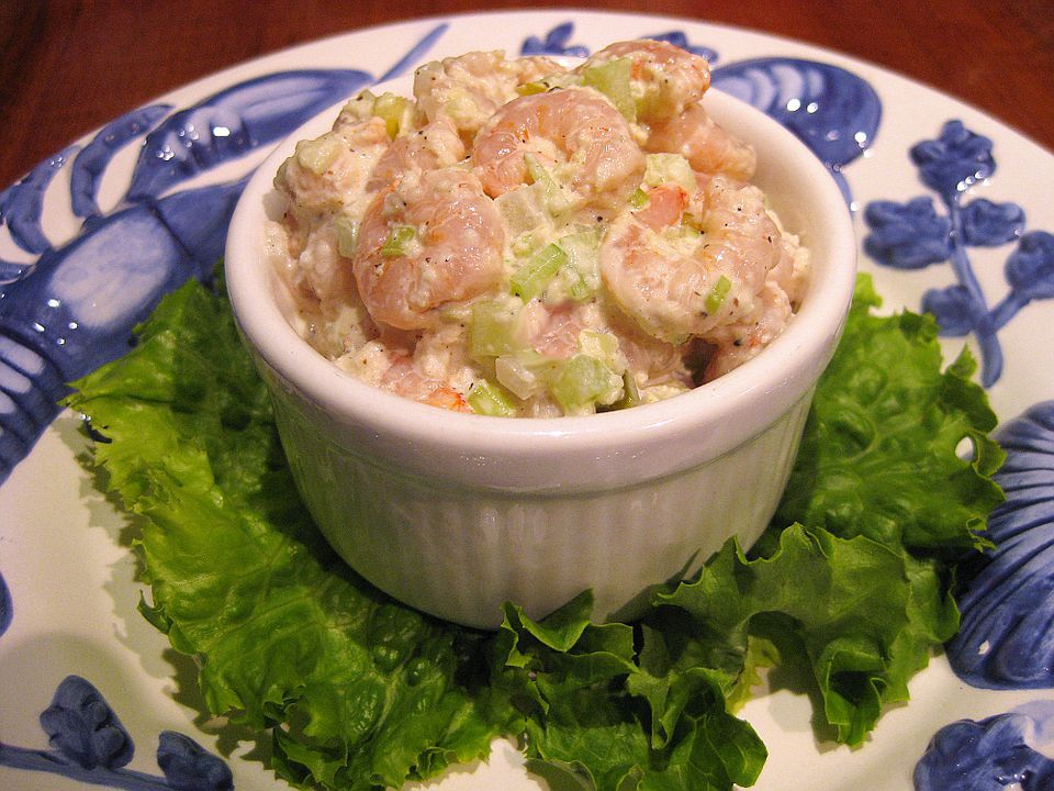 Easy Classic Shrimp Salad -- How to Make Homemade Shrimp Salad