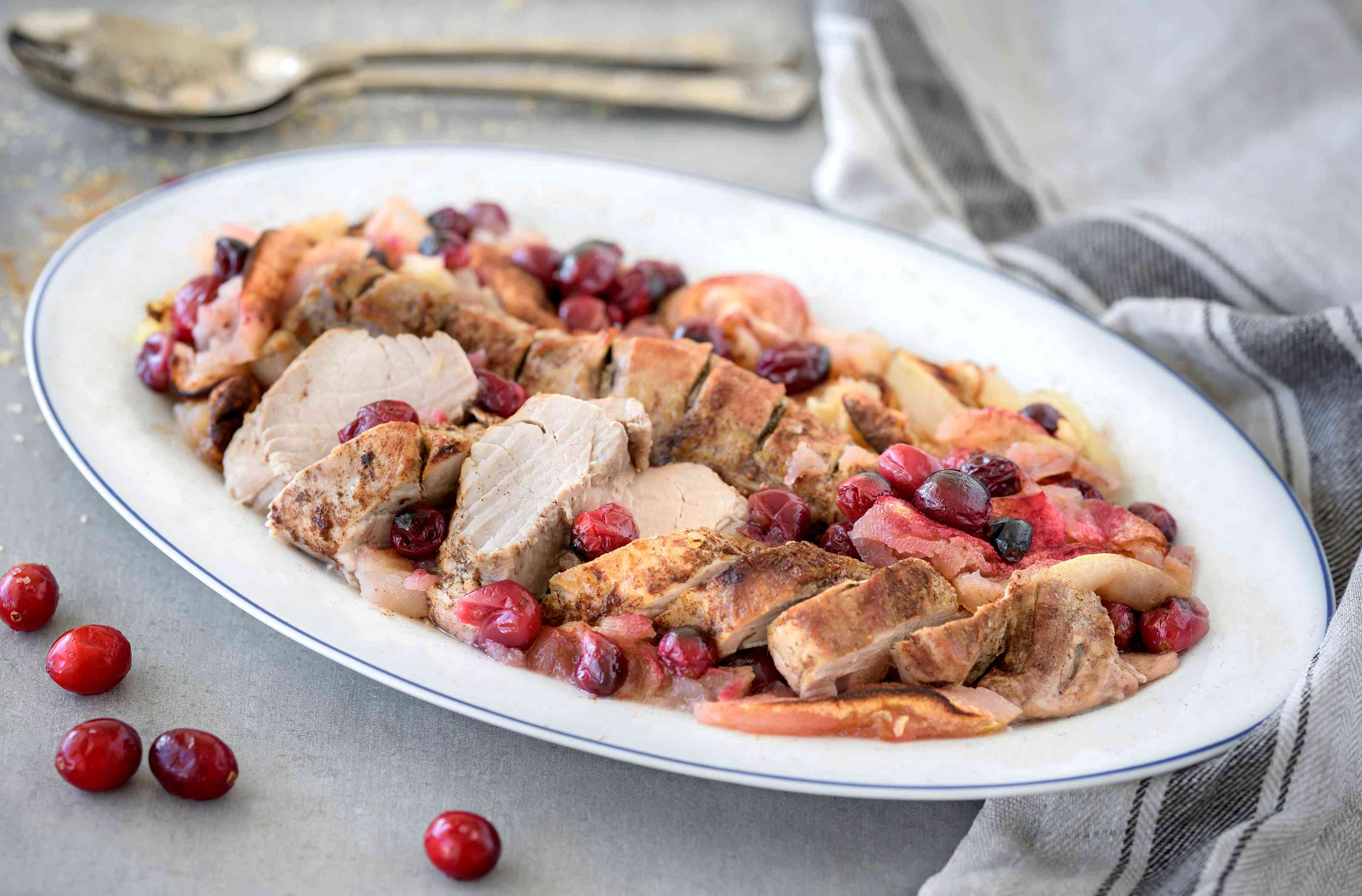 Roast pork with apples and cranberries recipe