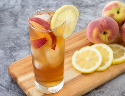 Summer Peach Tea Cocktail With Whiskey