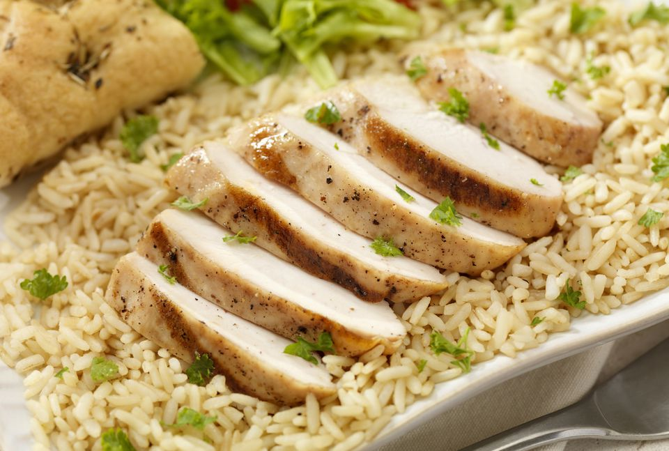 Rice pilaf with grilled chicken