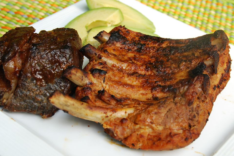 Grilled pork ribs - costillas de cerdo a la parilla