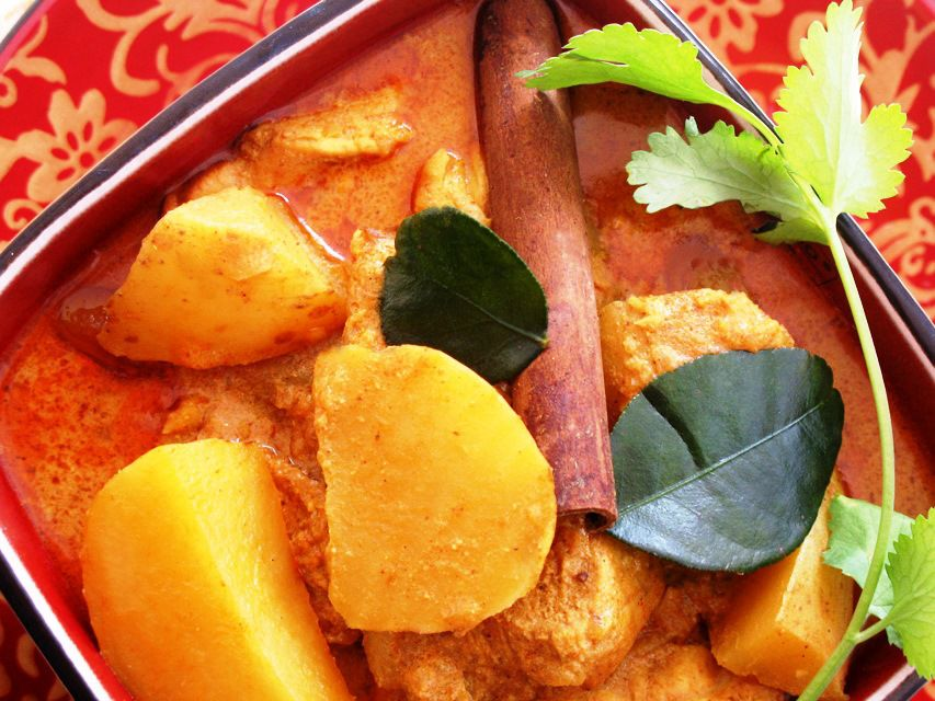 Thai Chicken Curry with Potatoes