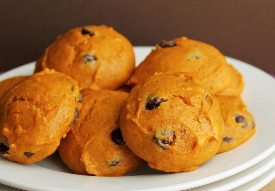 Easy vegan pumpkin cookies made from spice cake mix