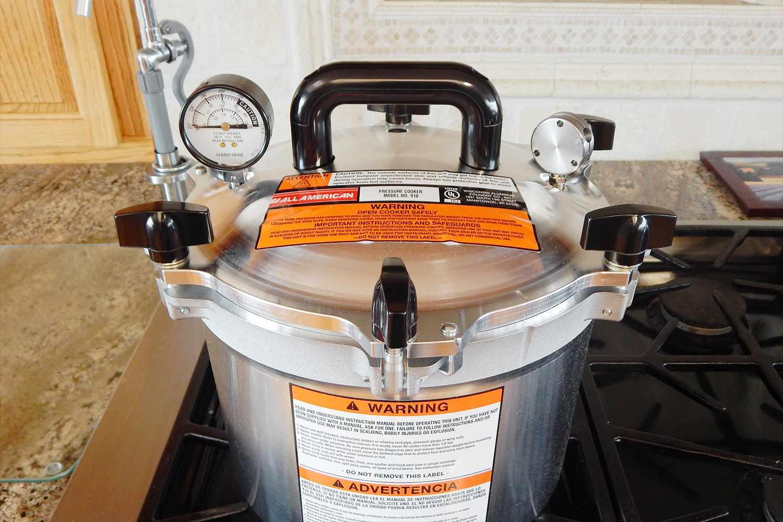 all-american-10.5-quart-pressure-cooker-canner-lid