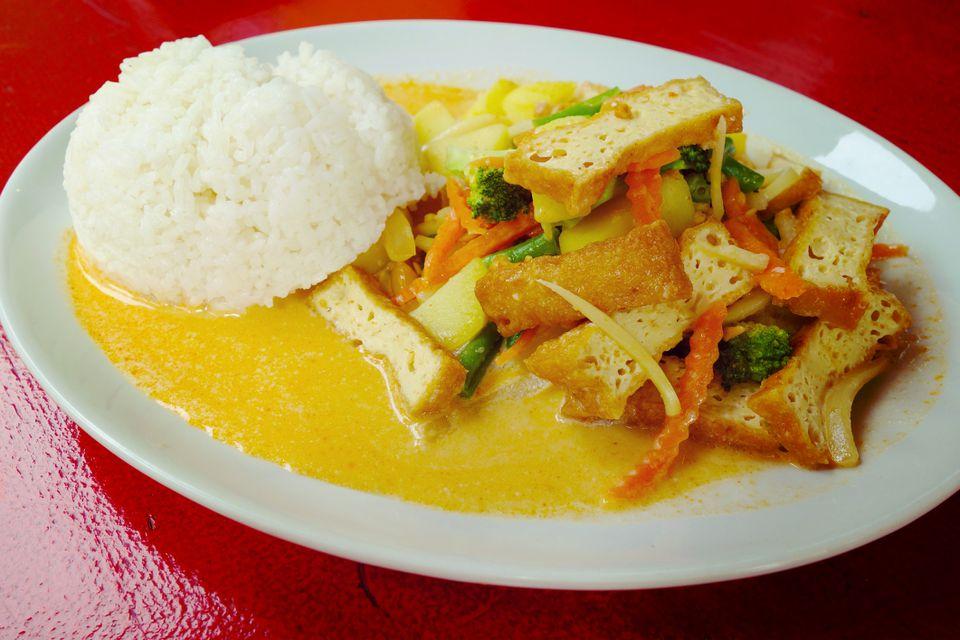 vegan massaman curry