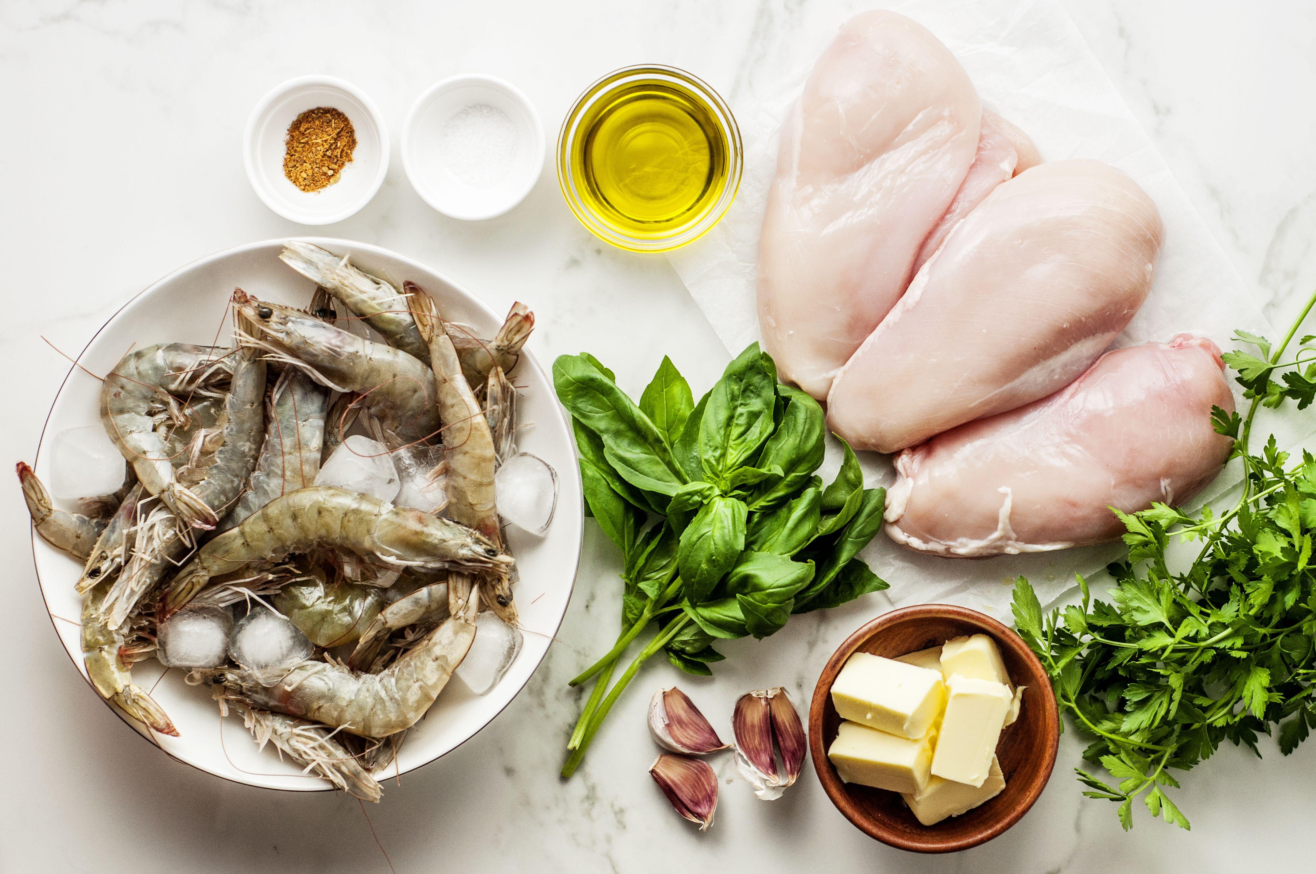 Garlic chicken and shrimp ingredients
