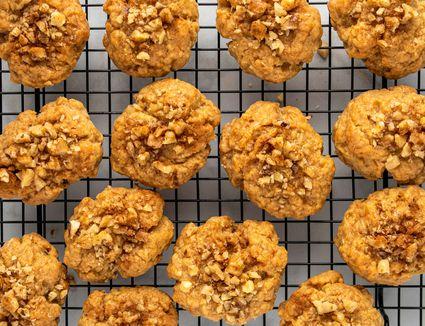 Greek Honey Cookies With Walnuts (Melomakarona)