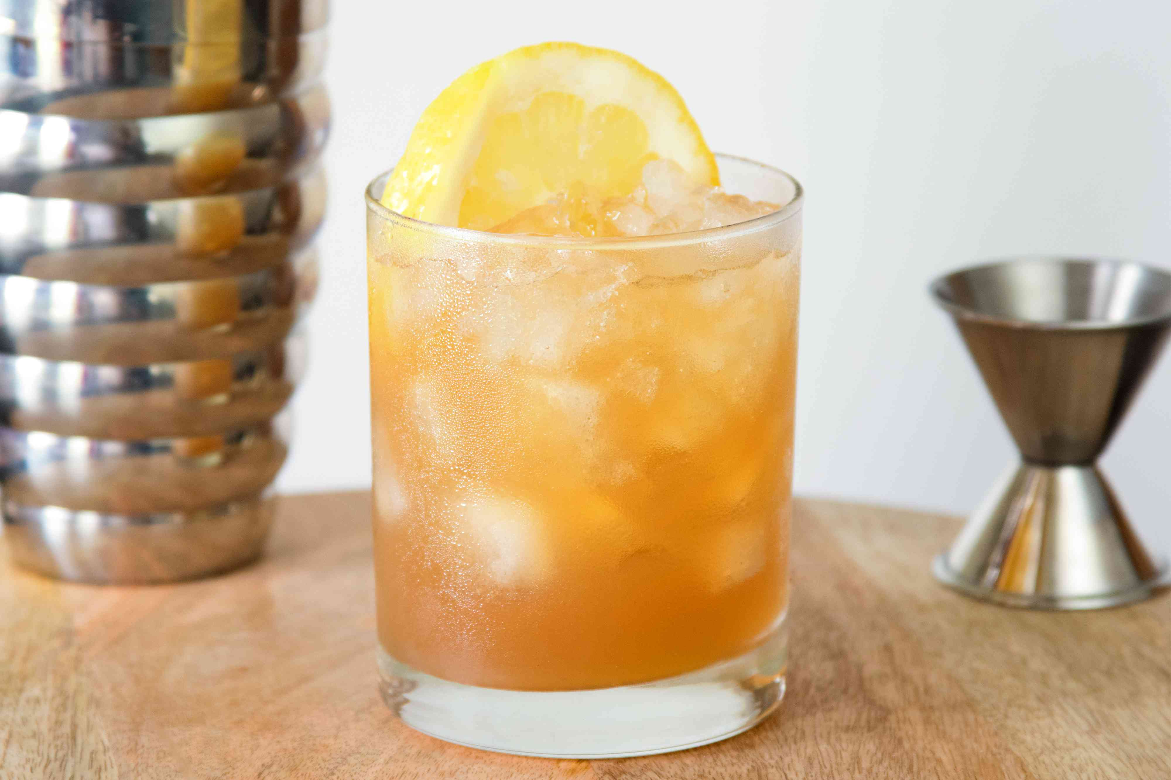 Gillie Fix Scotch Whisky Cocktail for Game of Thrones