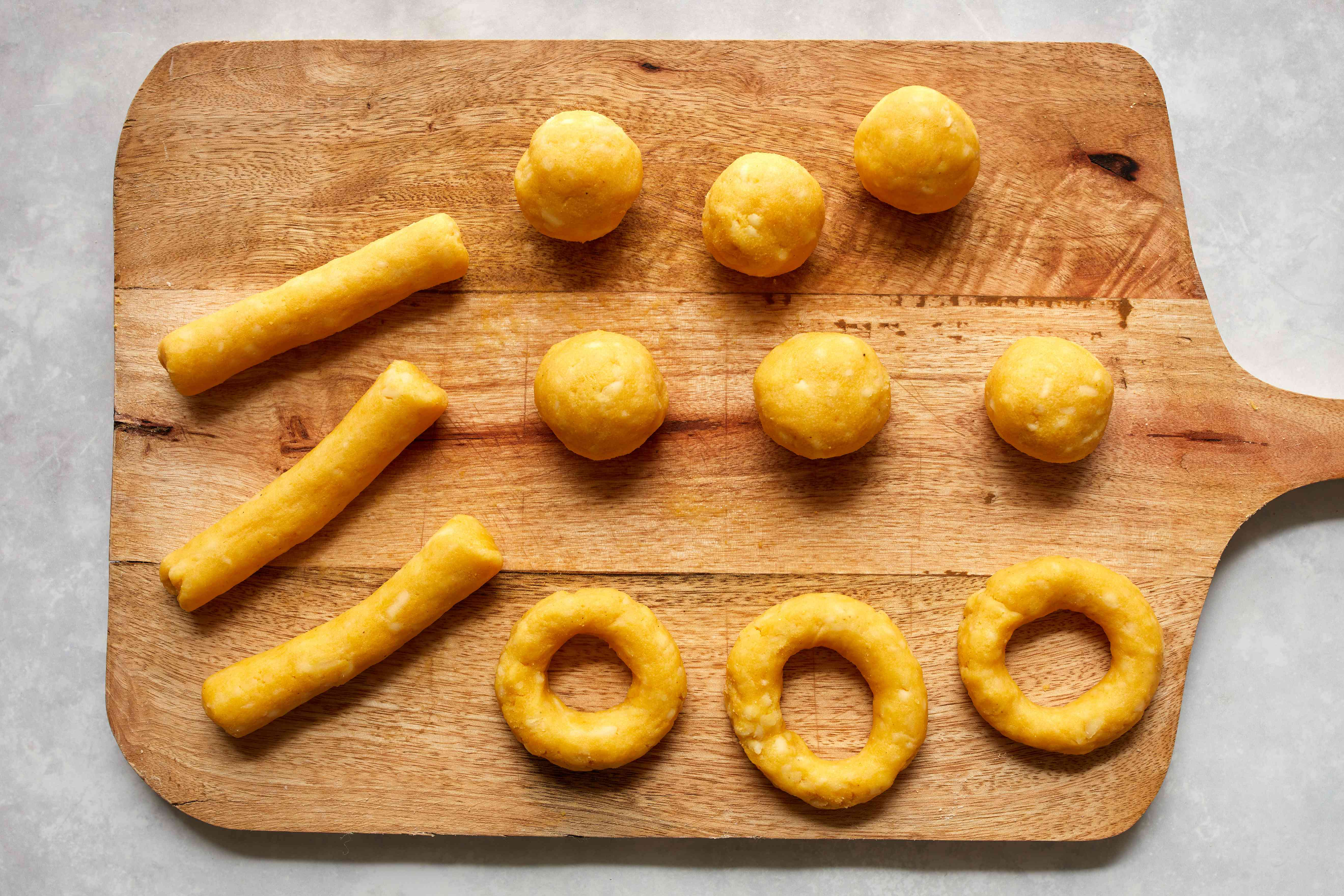 Shaped dough for Colombian cheese bread