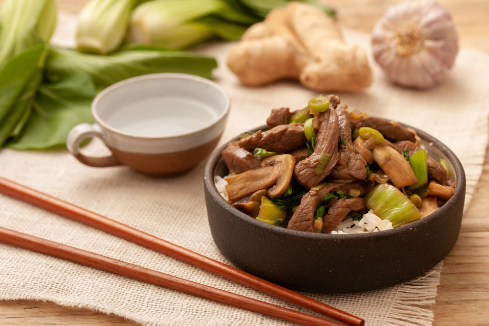 Chinese Stir-Fry Beef With Three Vegetables