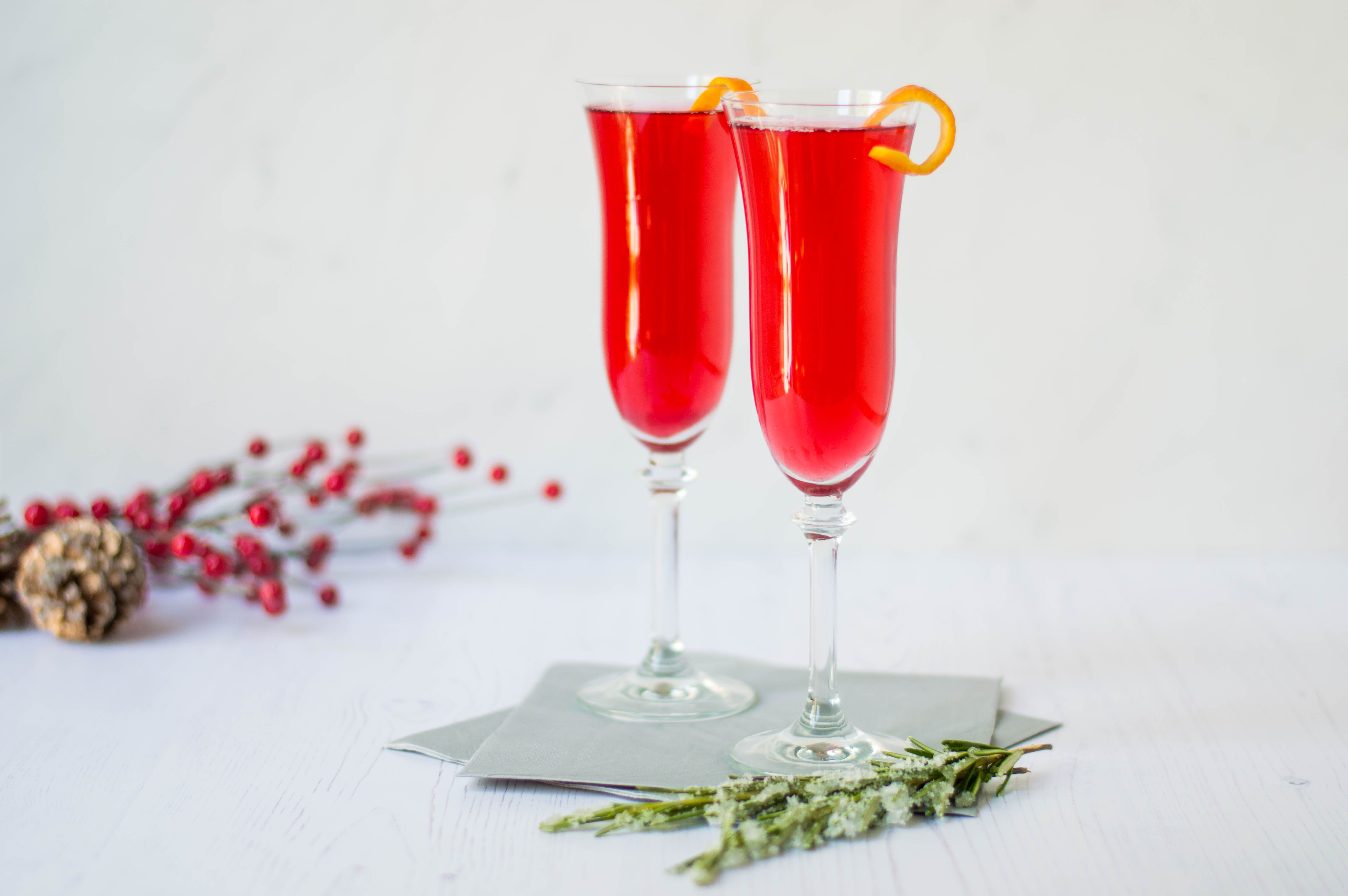 11 Traditional Christmas Cocktails For The Holidays