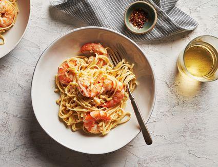 Garlic lemon shrimp with pasta