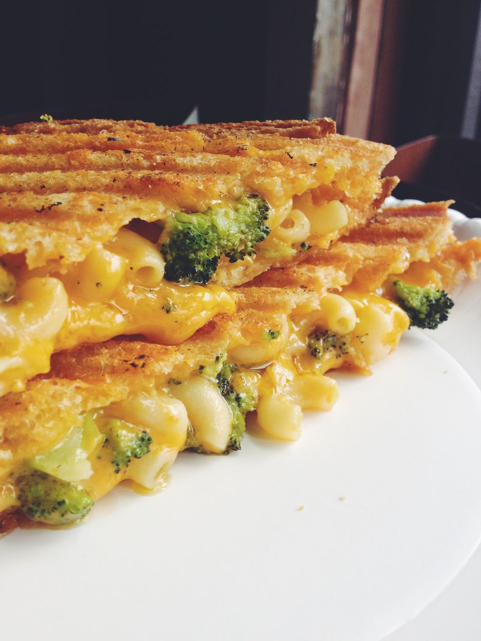 broccoli-mac-n-cheese.jpg