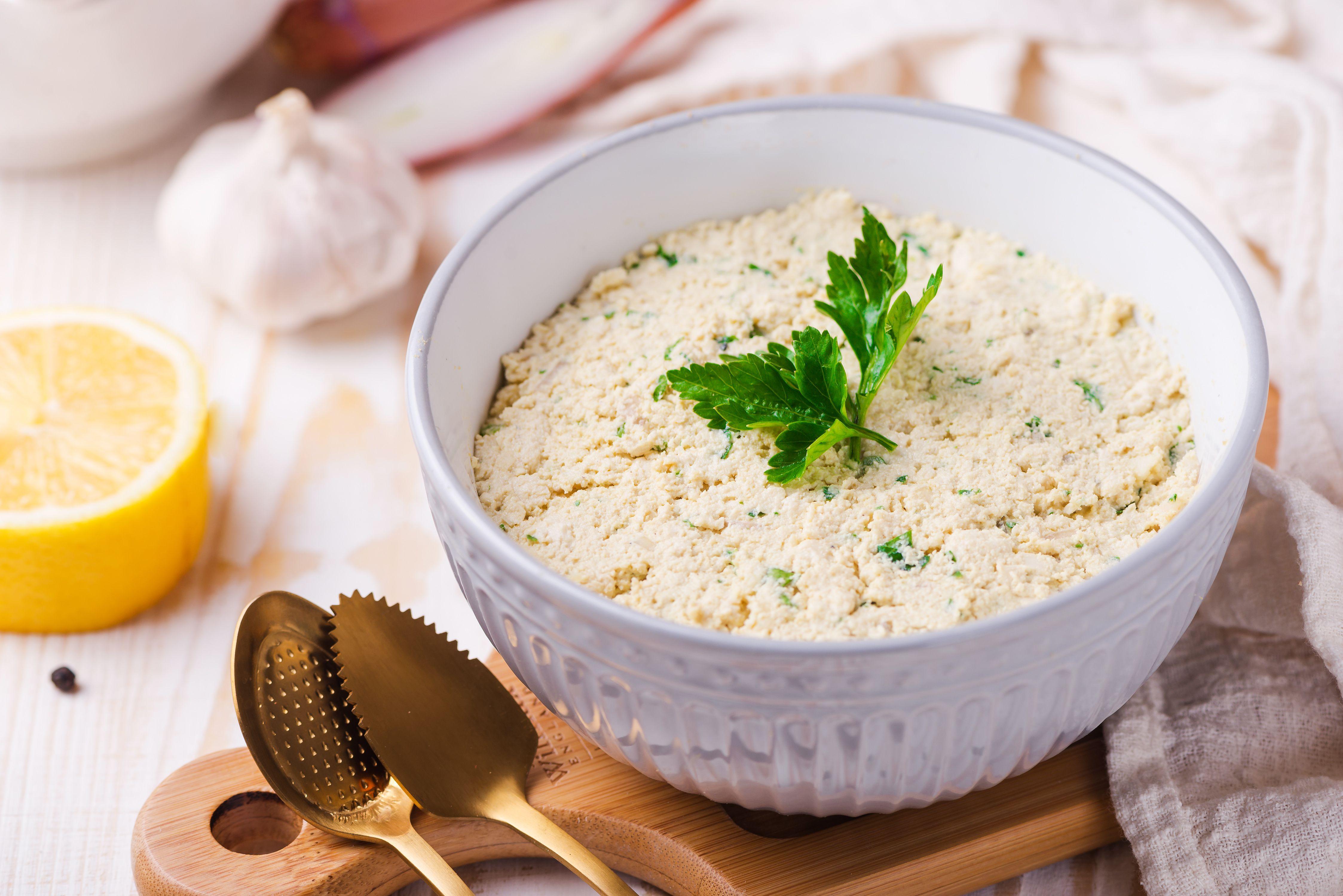 Vegan ricotta cheese substitute
