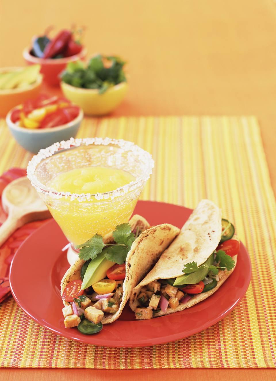 Tempeh tacos and margarita