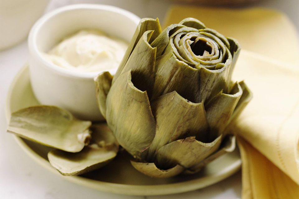 Artichoke with mayonnaise